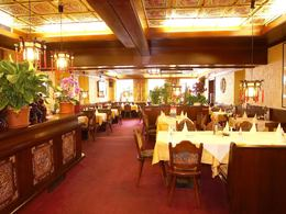 China_Restaurant_Shangri_La.jpg